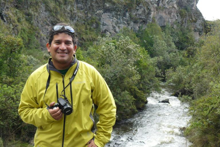 Conservación de primates. Galo Zapata-Ríos, director científico de WCS Ecuador. Foto: Galo Zapata-Ríos.