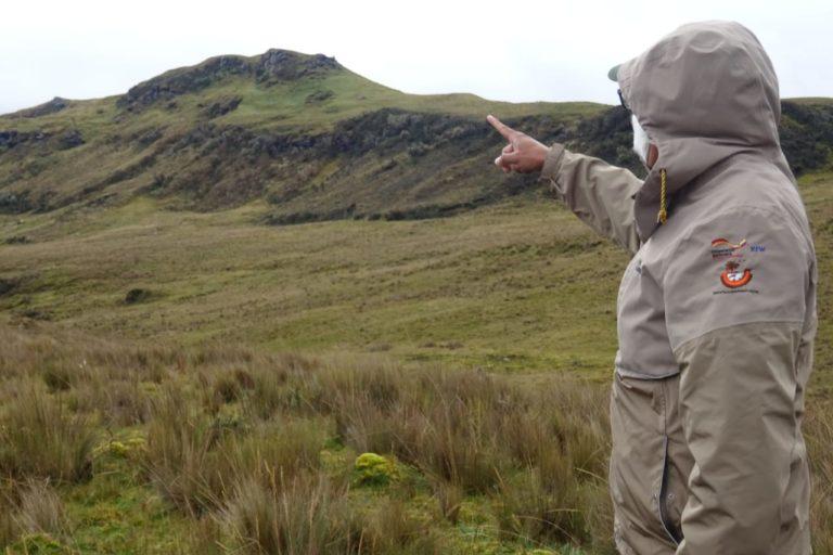 Guardaparques de Ecuador. Augusto Granda es guardaparques de la Reserva Ecológica Antisana desde 2011 y ha trabajado en las áreas protegidas de Ecuador desde 2004. Foto: Augusto Granda.