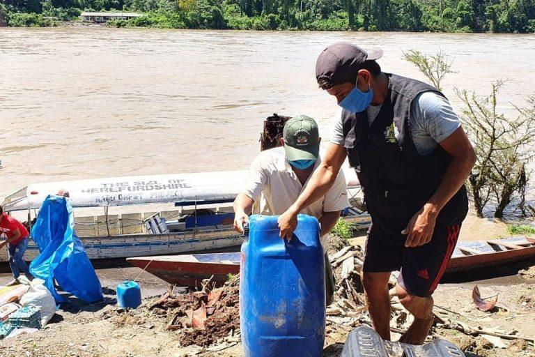 Las organizaciones indígenas llevan ayuda a las comunidades aajun y wampis. Foto Gobierno Territorial Autónomo de la Nación Wampis.