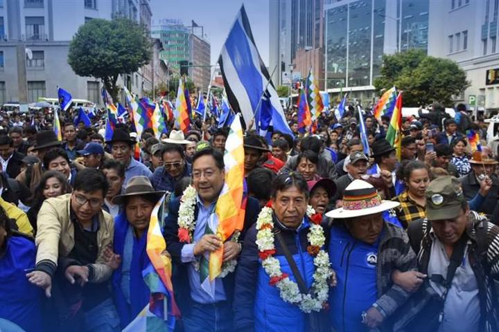 El candidato del MAS, Luis Arce, lidera las encuestas para la presidencia de Bolivia. Foto: MAS.