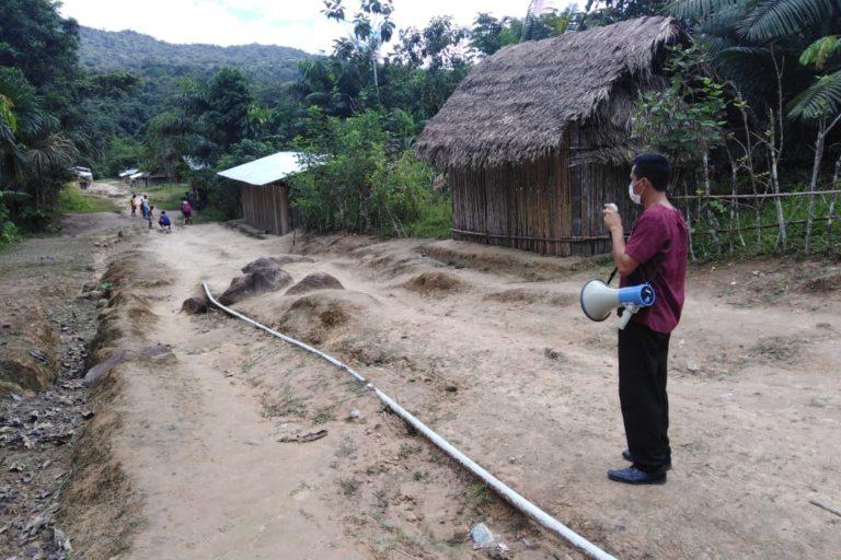 La Microred Huampami recorrió las comunidades del Cenepa para una campaña de prevención antes de que se presentaran los primeros casos. Foto: Evelio Paz Tume.