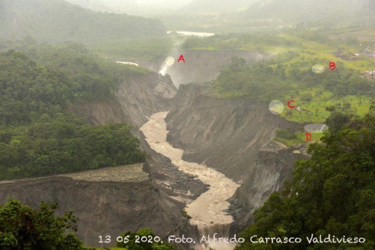 Erosión río Coca. Comparación del avance de la erosión del río Coca. 13 de mayo 2020. Foto: Alfredo Carrasco.