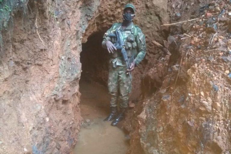 Asesinato líder ambiental Colombia. Las autoridades locales y ambientales se aliaron con la Fuerza Pública para perseguir la explotación de minería ilegal en la zona de reserva. Foto: Parques Nacionales Naturales de Colombia.