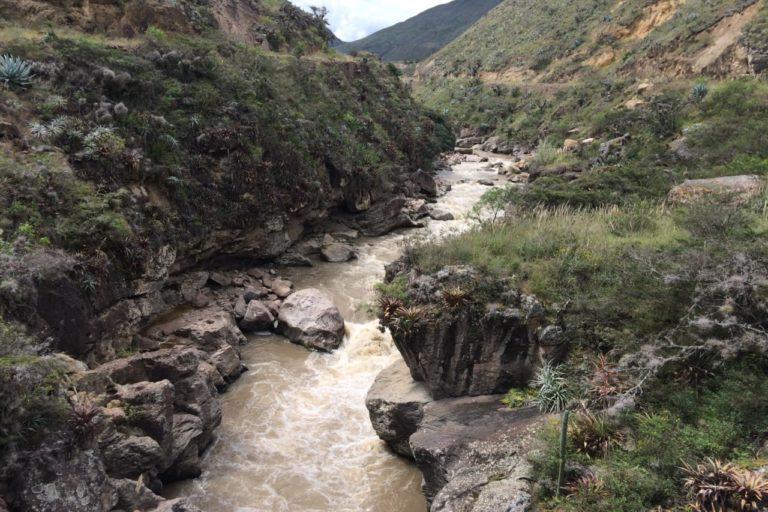 Contaminación río Tumbes. Río Puyango - Tumbes. Foto: Cortesía Carlos Iván Espinoza.