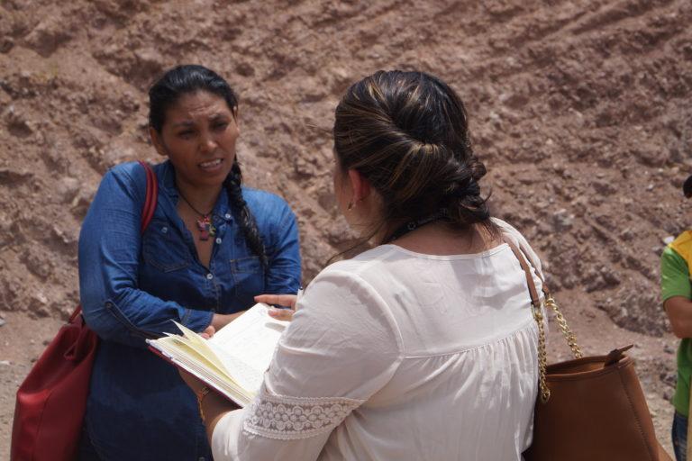 Irma asegura que amor por la tierra y el compromiso por transformar la realidad de Honduras la llevaron a poner en riesgo su vida, al denunciar de frente los abusos que cometen los terratenientes y empresarios. Foto: Radio Progreso.
