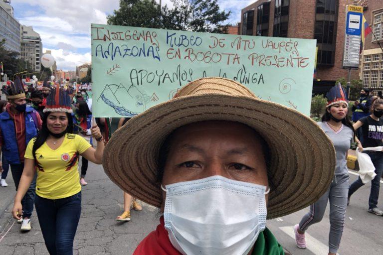 Feliciano Valencia se encontraba en Toribío, Cauca cuando sufrió un atentado. Foto: Facebook Feliciano Valencia.