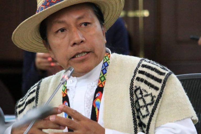 Feliciano Valencia, congresista indígena colombiano. Foto: Facebook Feliciano Valencia.