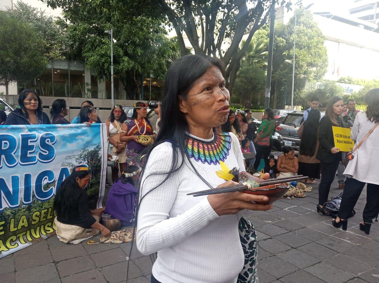 Mujeres Amazónicas-Noemí Gualinga