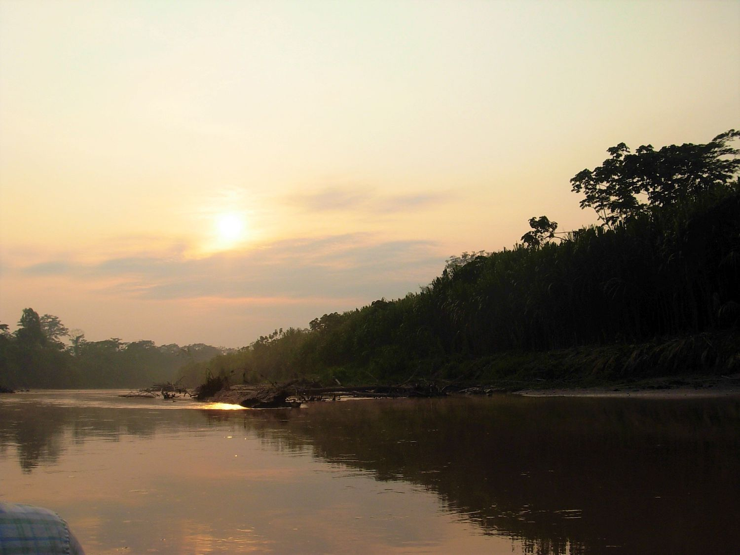 To the south, Santa Martha is bordered by the Zungaruyacu River. Photo by Pedro Tipula / Common Good Institute.