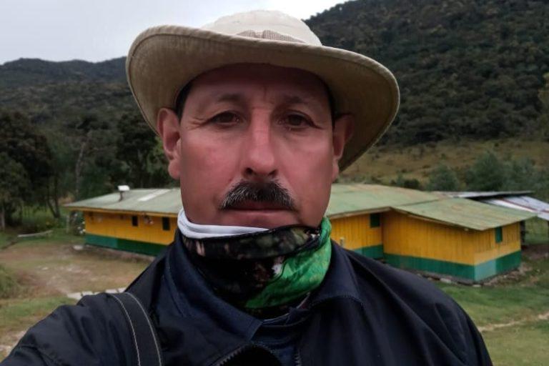 Gonzalo Cardona vivía en Roncesvalles, Tolima, y trabajó durante más de 20 años con la Fundación ProAves. Cortesía: Fundación ProAves.