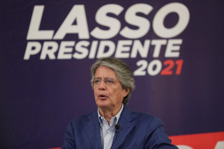 Guillermo Lasso es un candidato de derecha. Es la tercera vez que se postula a la presidencia del Ecuador. Foto: cuenta de Twitter de Guillermo Lasso.