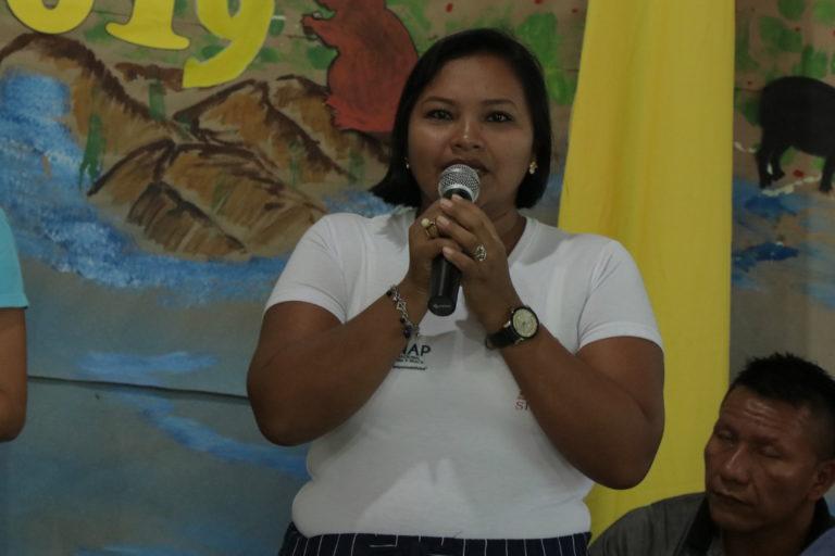 Rosa Durán lleva años trabajando por la conservación del sitio Ramsar Estrella Fluvial de Inírida. Foto: WWF Colombia.