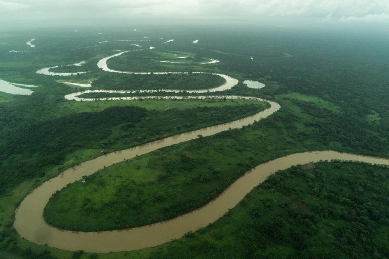 Vista aérea del Río Plátano en el departamento de Gracias a Dios, Honduras. Foto: Radio Progreso - Honduras.