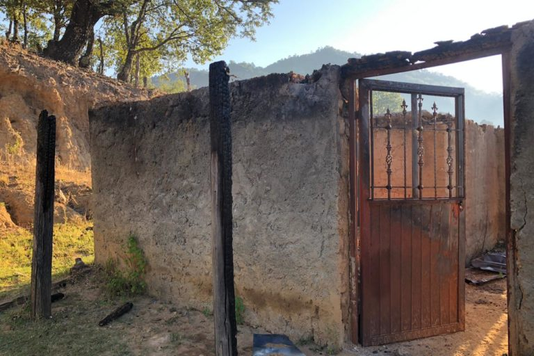 Casa de una de las familias desplazadas de Coloradas de la Virgen. Foto: Cortesía Alianza Sierra Madre.