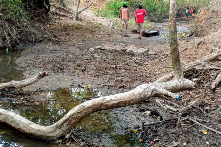 El lecho seco del río San Lorenzo en la comunidad Buena Vista. Foto: TCO Turubó Este.