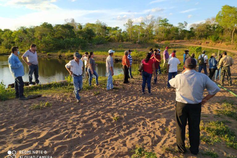 La inspección técnica de la Secretaría de Medio Ambiente contó con la participación de autoridades de la TCO e indígenas, además del Subgobernador y del Alcalde de San José. Foto: Gobierno Departamental de Santa Cruz.