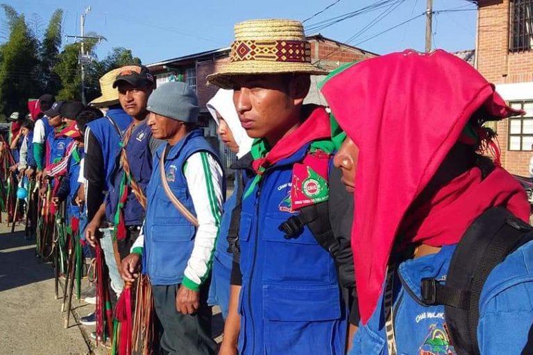 Estos son los bastones que tienen los miembros de la Guardia Indígena en Cauca. Foto de archivo y cortesía CRIC.