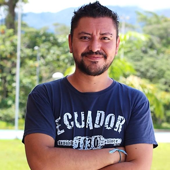 Mauricio Ortega lleva más de 15 años trabajando con anfibios y reptiles. Foto: archivo personal.