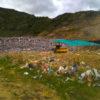 Vaso A del Relleno Sanitario Colomba - El Guabal. El viento desprende restos de la montaña de basura que terminan en los alrededores. Registro fotográfico del 19 de agosto de 2021.