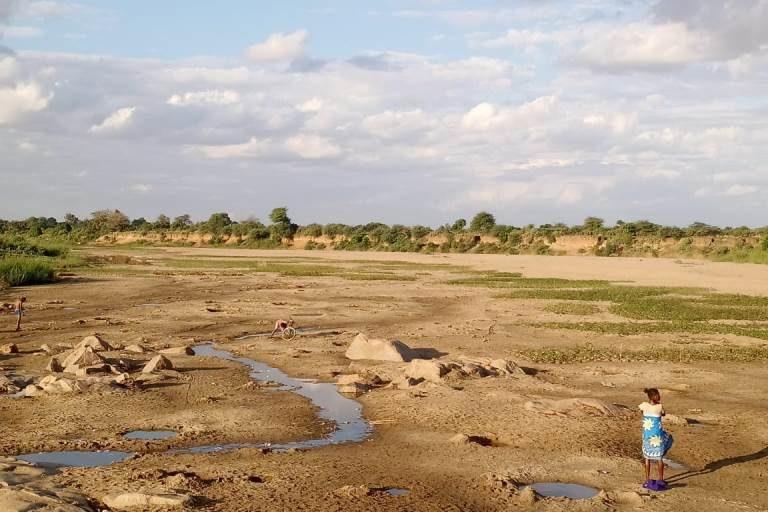 La rivière de Menarandra, qui traverse l'Anosy et l'Atsimo Andrefana est pratiquement asséchée en hiver. Photo : ONG Bel Avenir