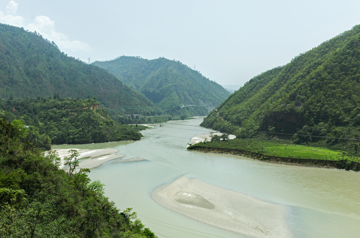 The stretch of river Alaknanda between Srinagar and Rudraprayag in the Garwhal region of Uttarakhand. Photo credit: Kartik Chandramouli/Mongabay.