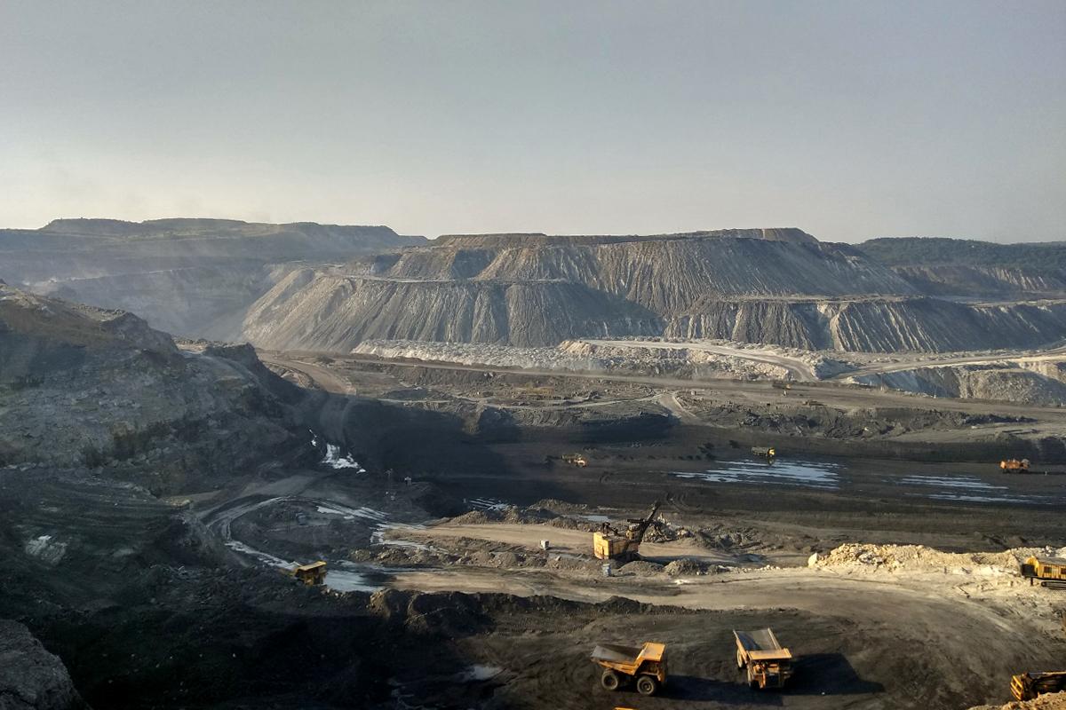 Coal mines just a few minutes away from Korba city. Photo credit: Mayank Aggarwal/Mongabay-India