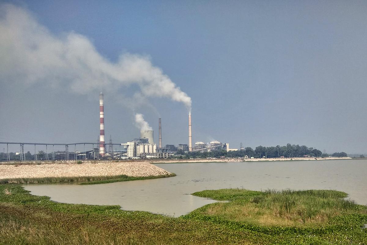 One of the many thermal power plants that dot Korba. Photo credit: Mayank Aggarwal/Mongabay-India