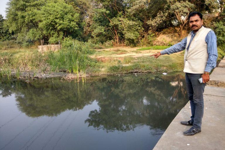CPI leader Sanjay Namdev calls displacement a major issue in the region. Photo credit: Mayank Aggarwal/Mongabay-India.