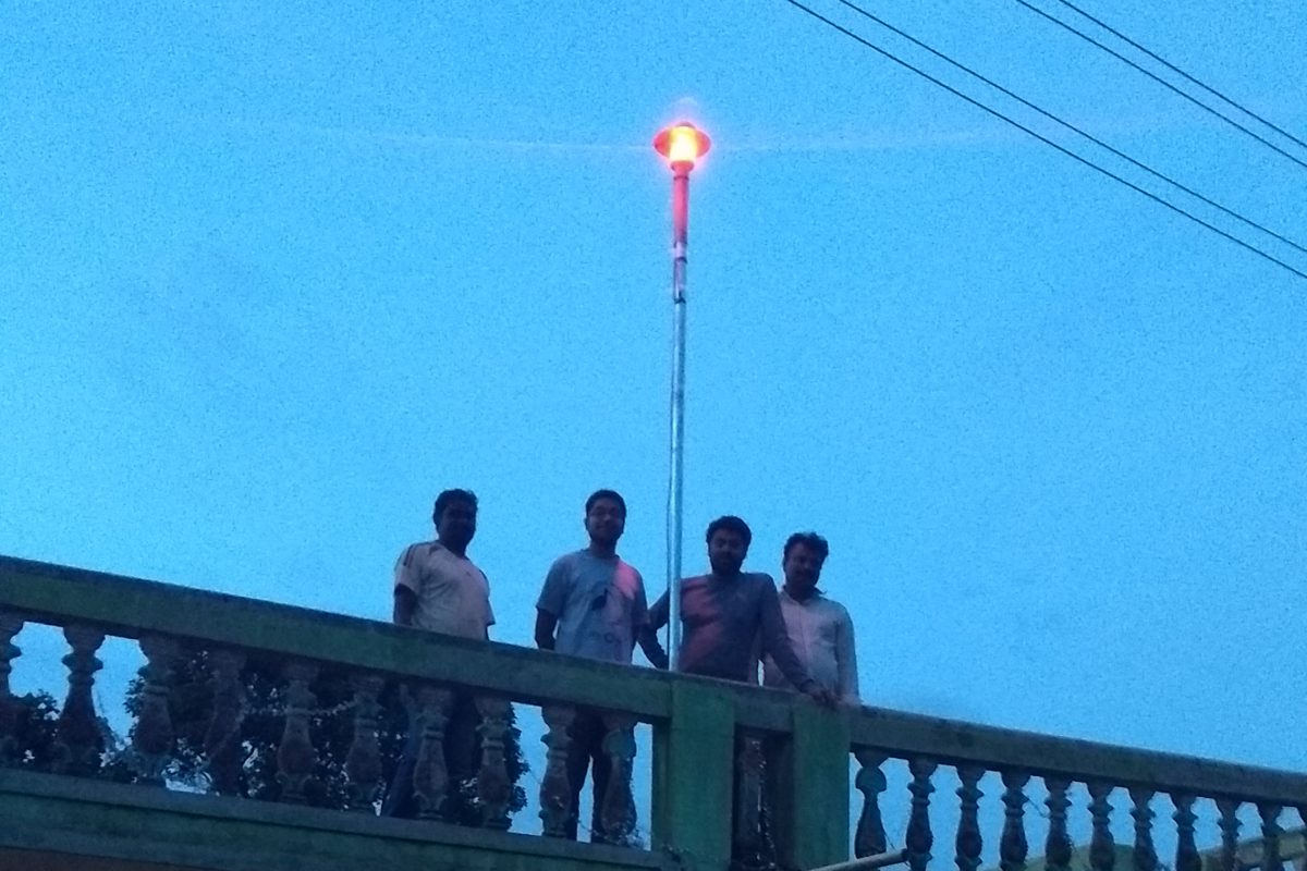 A beacon installed to alert about elephant activity at a residence in Hassan. Photo credit: Ananda Kumar, NCF.