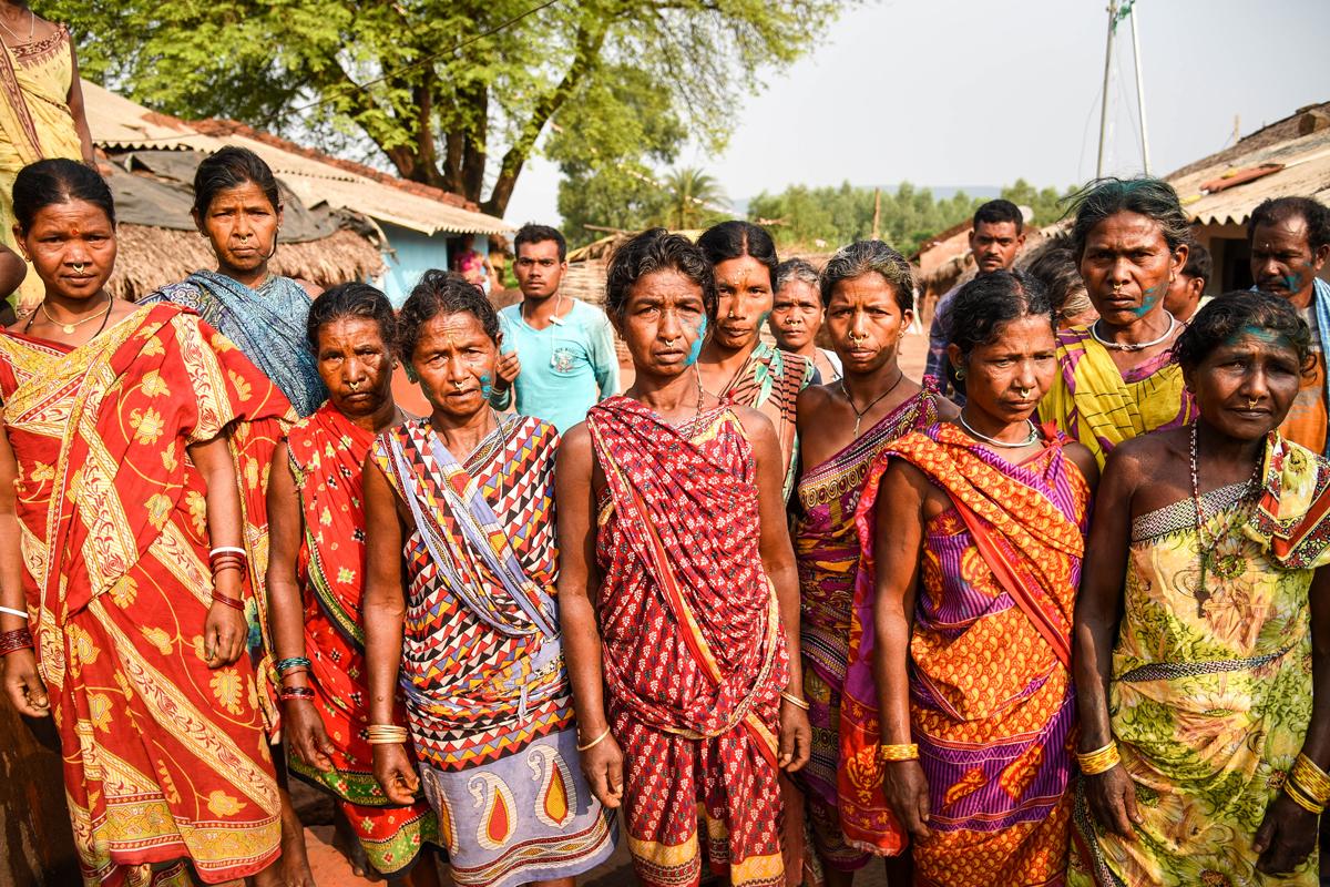 The women of Kodingamali hill rally together, hoping for change. Credit: Tanmoy Bhaduri/MongaBay