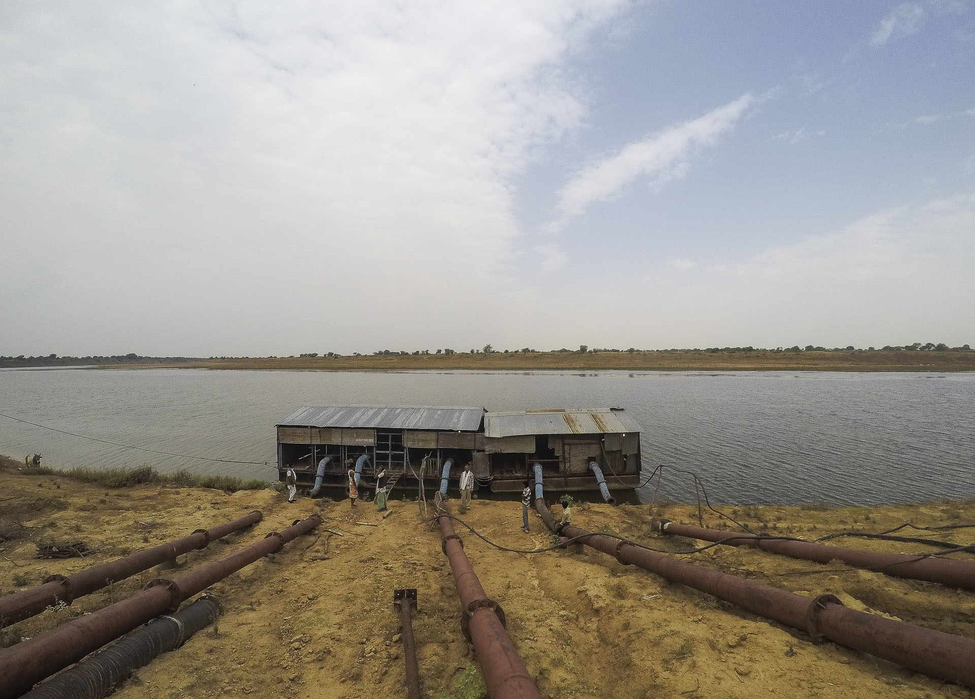 One of the functional lift irrigation projects on the Ken river. Photo by Siddharth Agarwal/Veditum.
