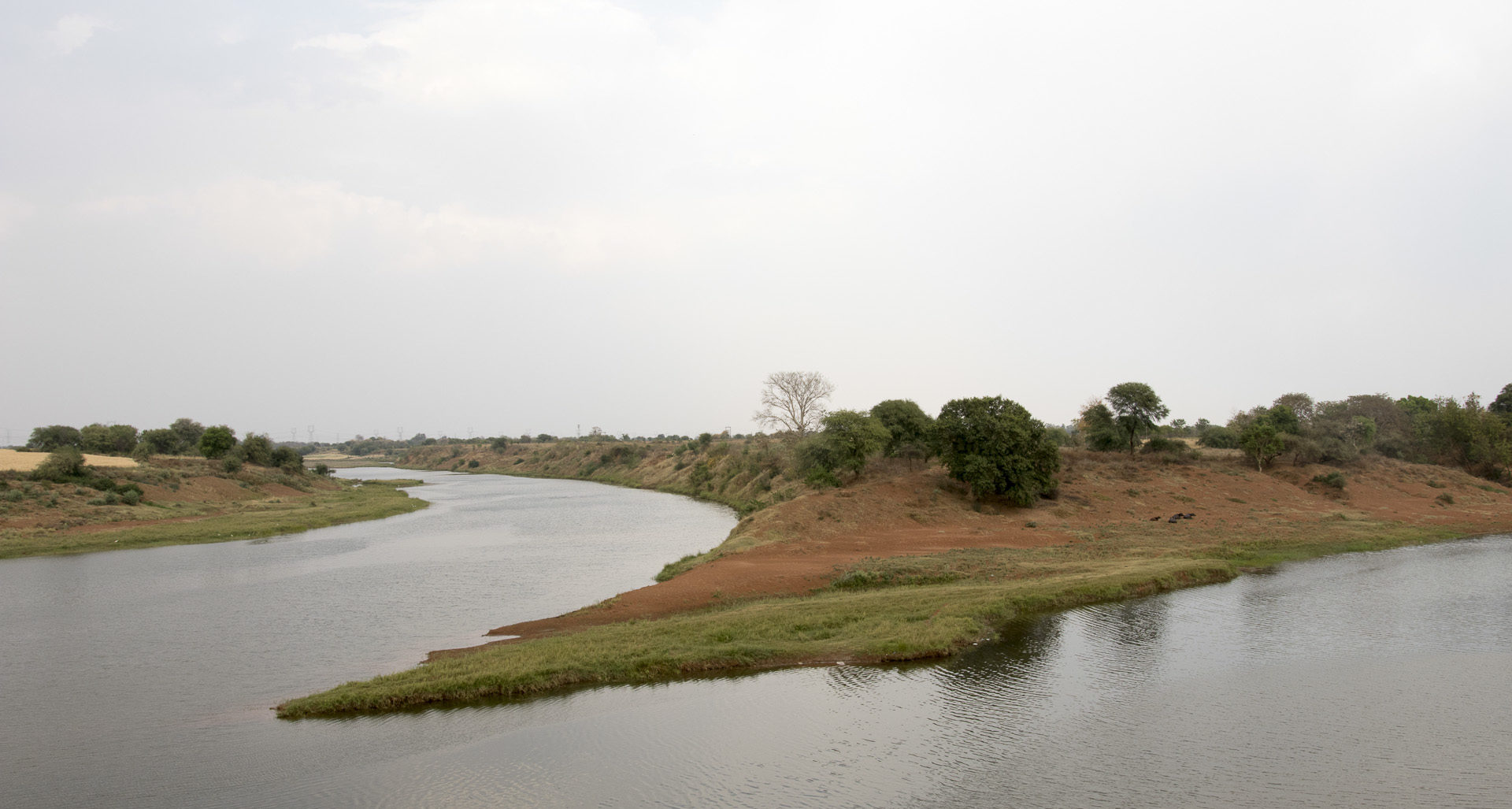 The confluence of Ken (left) and Patne (right) rivers. Photo by Siddharth Agarwal/Veditum.