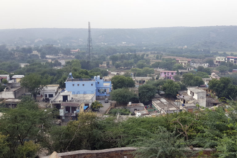 A view of Mangar. Villages in the vicinity of the Bhandwari dumping get groundwater polluted with bacteria and heavy metals. Photo by Hridayesh Joshi.