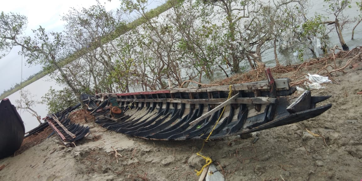Livelihoods such as agriculture and fishing in the Indian Sundarbans were already impacted by the lockdown. The conditioned has worsened after Cyclone Amphan. Photo by Sanjoy Mondal.