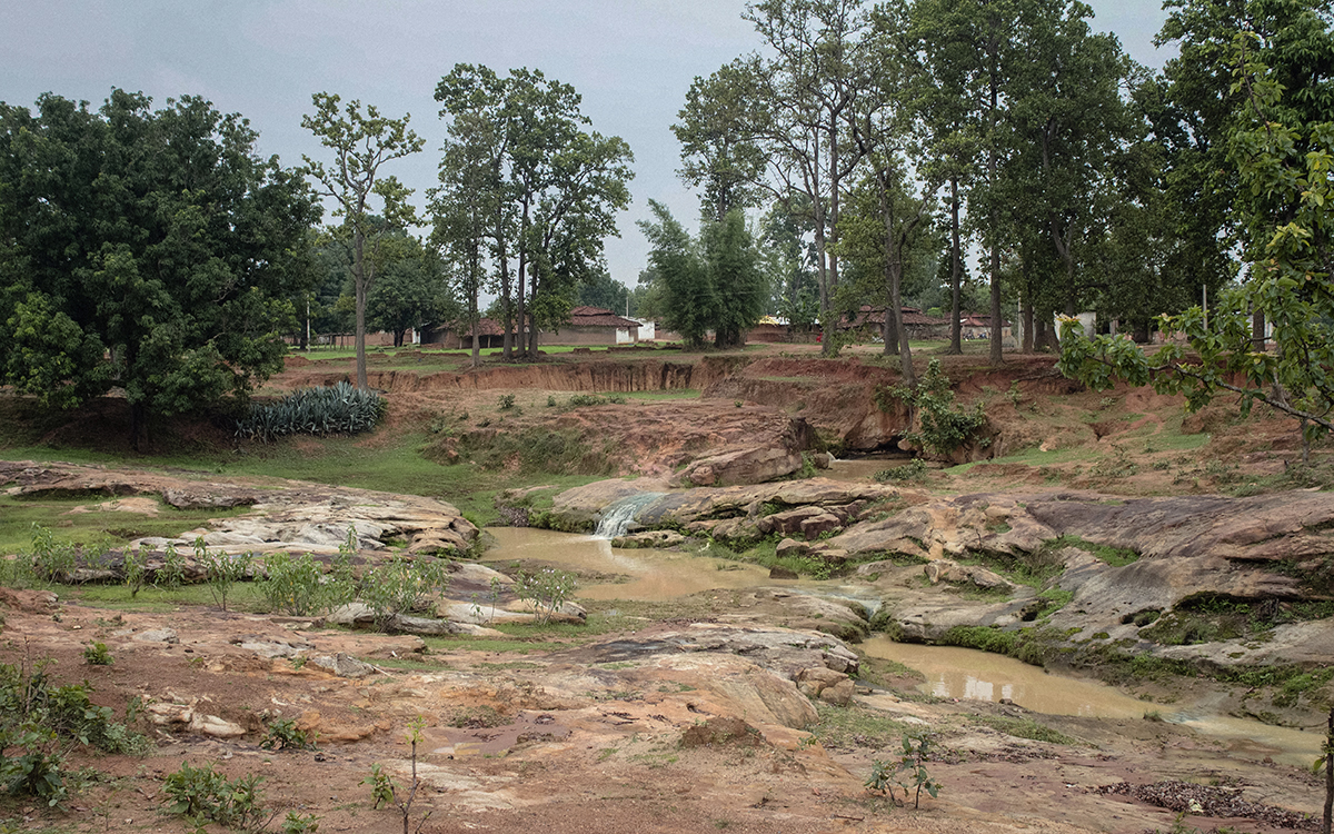 Ghatbbara village in Surguja district falls in Chhattisgarh's Hasdeo Arand region that has one of the most extensive unfragmented forests in central India. Photo by Vaishnavi Suresh.