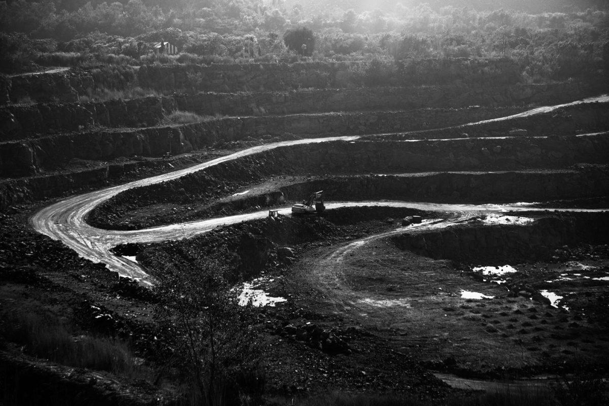 Opencast uranium mine at Turamdih village near Jadugoda milling factory. Photo by Subhrajit Sen.