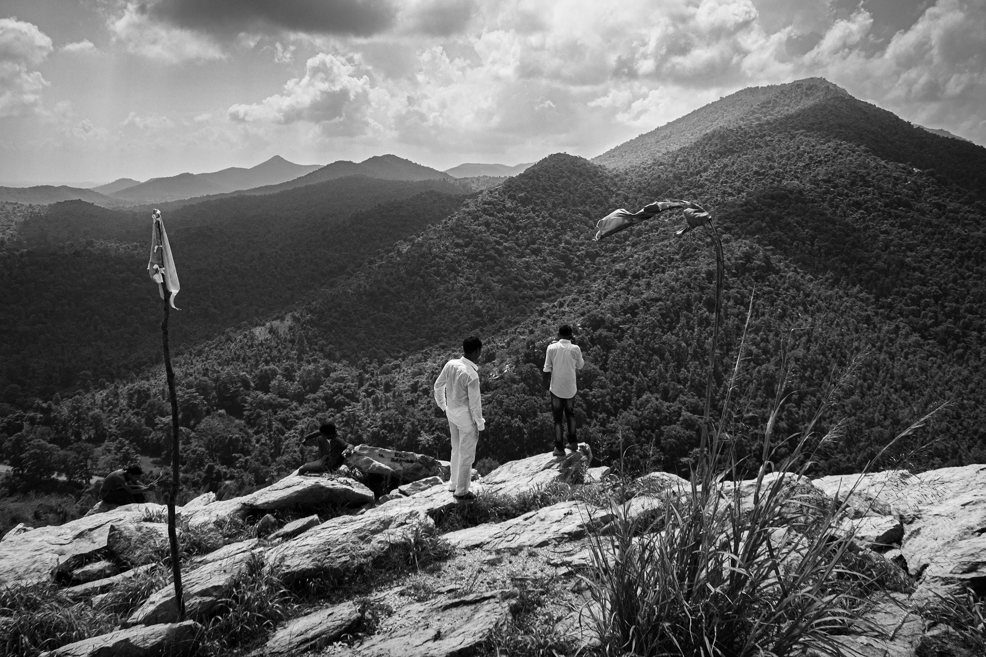 The hills of Jadugoda have been mined for uranium since 1967. Villagers argue that instead of developing lives, the oldest uranium mining region has witnessed extensive health and environmental damage. Photo by Subhrajit Sen.