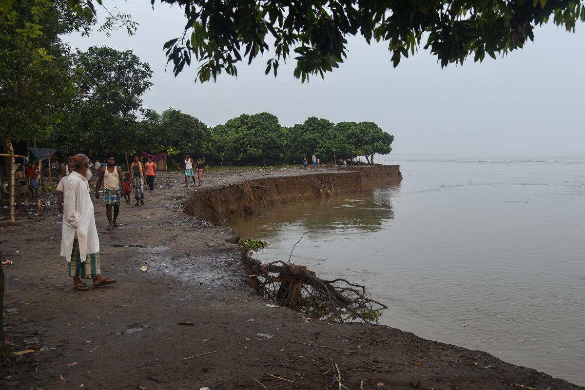 Samserganj block of Murshidabad is a flood-prone region. Villages along the Ganga river in Samserganj block experienced erosion after several decades. Photo by Tanmoy Bhaduri.