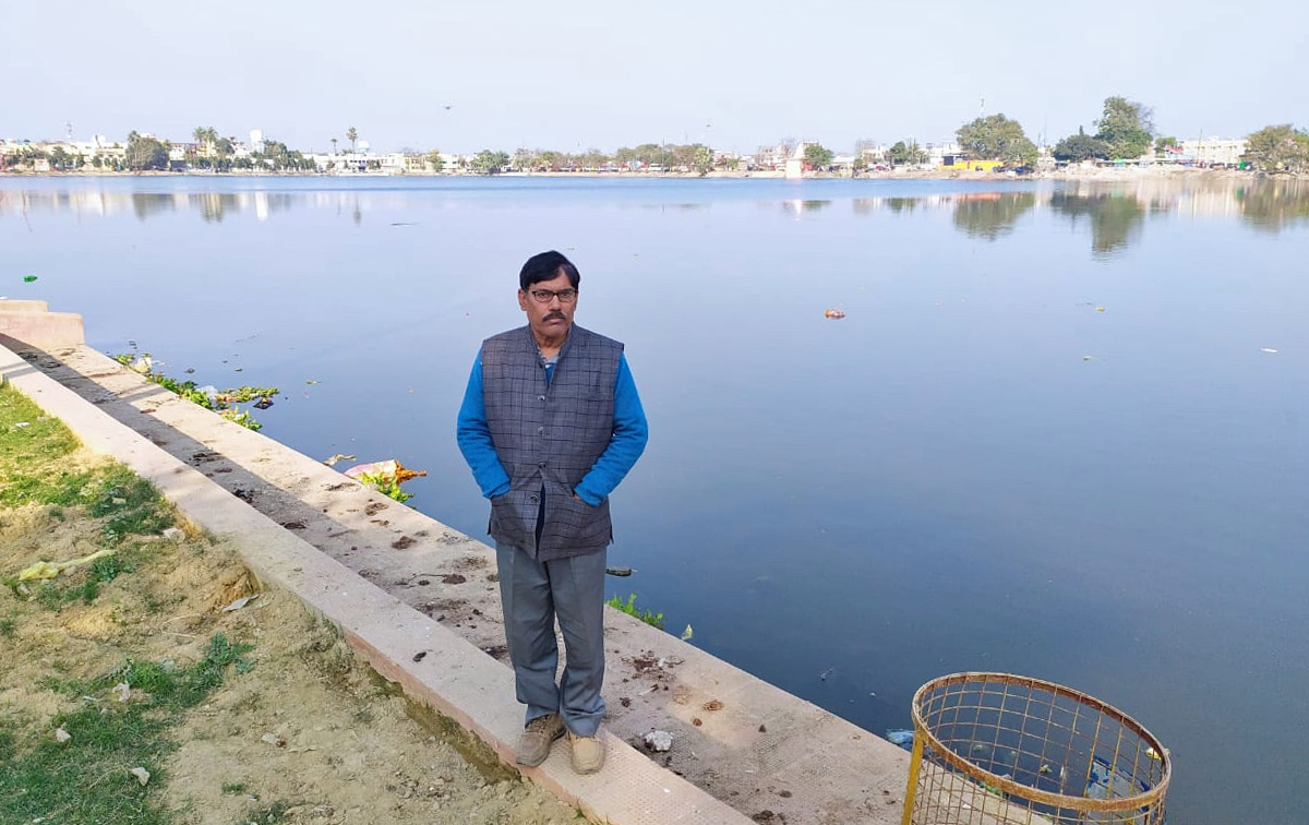 Shocked by witnessing handpumps going dry and ponds disappearing in Darbhanga, Narayan Choudhary studied and initiated a movement to protect wetlands. Photo from Narayan Choudhary.