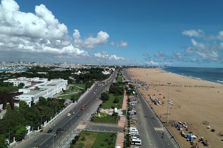 A view of Chennai's Marina beach. Photo by SlowPhoton/Wikimedia Commons.