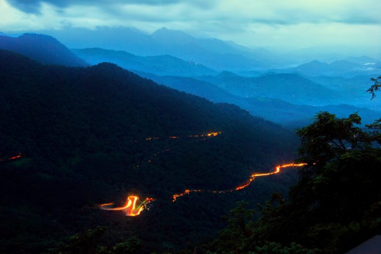 The government states that the existing Thamarassery Ghat road gets congested during peak hours. Photo by S. Dhruvaraj.