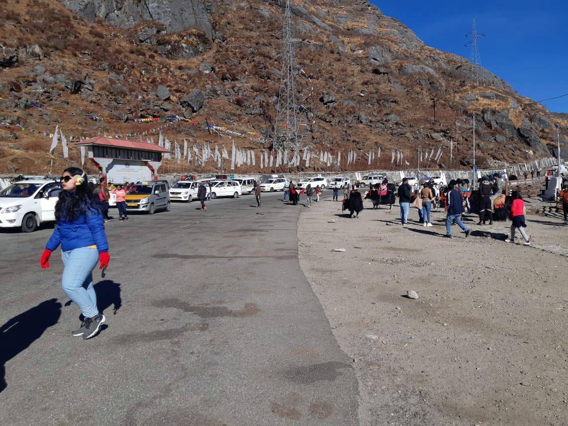 Tourists at Tsomgo Lake, Sikkim. Photo from Tsomgo Pokhri Sanrakshan Samiti (TPSS).