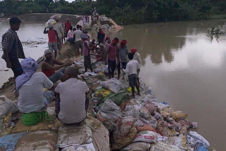 Head regulator of Bagmati embankment near Belwa got damaged in year 2020. Embankment often break during monsoon causing sudden floods in the region. Photo- WRD Bihar/Facebook