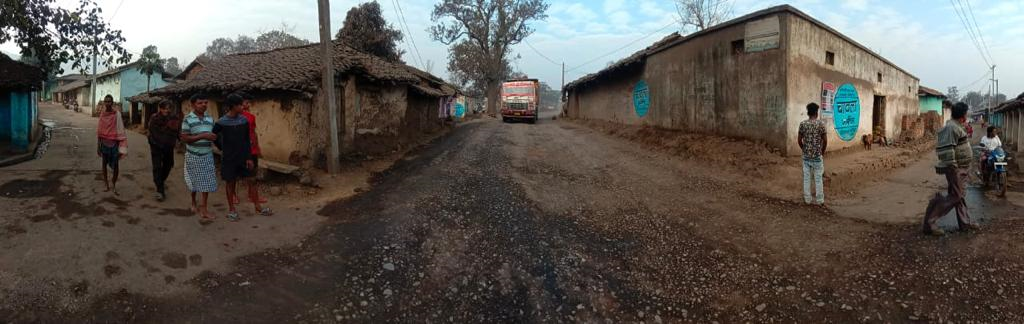 The roads on which the coal is transported. Photo by Sarita Barpanda and Naresh Meher.