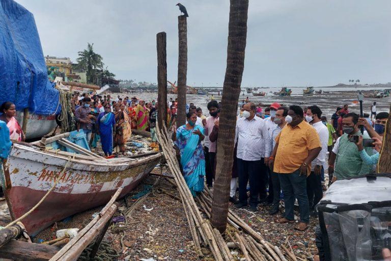 Local MLA visits damaged site at Madh Island. Photo by Kiran Kohli.