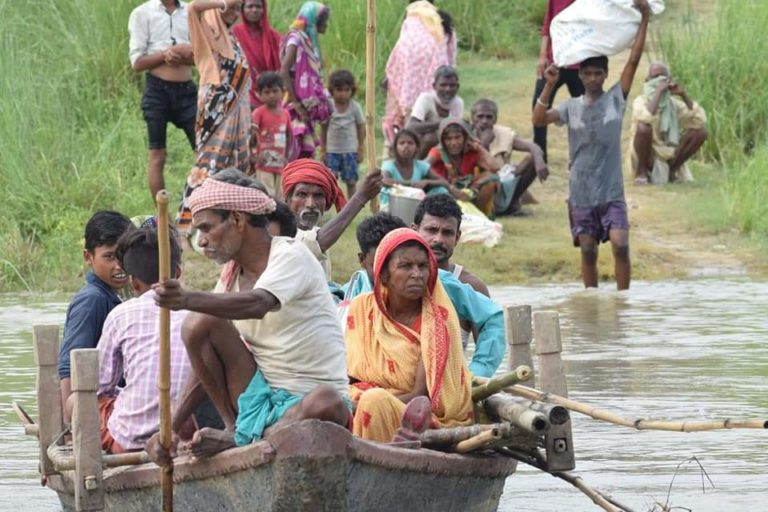 'Flood-hit villages relocating after flood in Muzaffarpur district of Bihar. Photo by Madhav