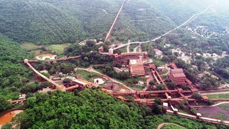 An aerial view of the Baildadila mines in Dantewada, Chhattisgarh. Photo by Suresh Yadav.