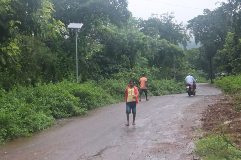 The authorities have now installed solar street lights in several villages near the Hadagarh elephant corridor to ensure the better safety of the villagers. Photo by Manish Kumar.