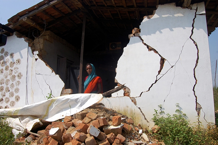 A damaged house after elephant attack. In the last 3 years 204 people and 45 elephants have died in the human-elephant conflict in the state. Photo by Alok Prakash Putul