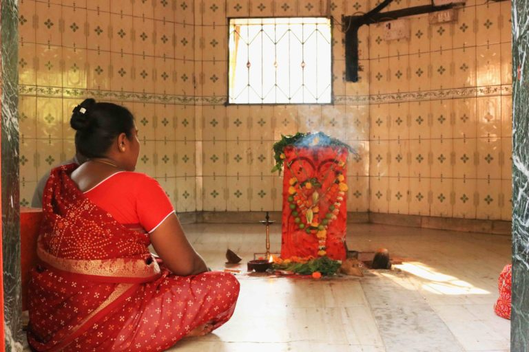 A Waghoba worshipper at Film City in Goregaon, Mumbai. Photo by Ramya Nair/Project Waghoba.